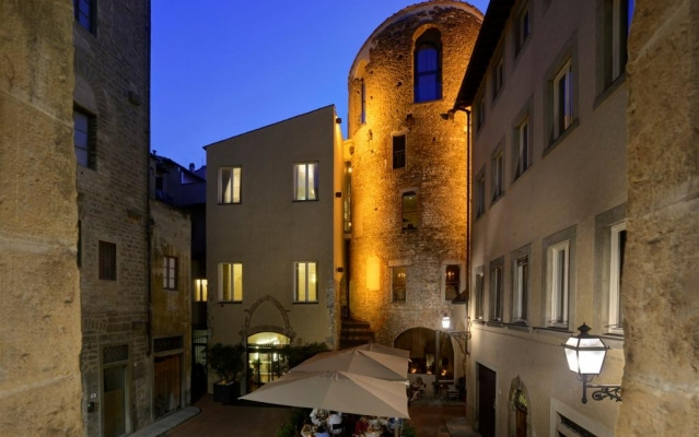 Hotel Brunelleschi in the Top Five in Florence according to Travel + Leisure